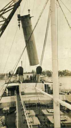 Lifting Nuculas Funnel March 1925