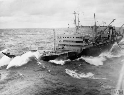 RFA WAVE SOVEREIGN fm EAGLE Sep 55 IWM A 33354