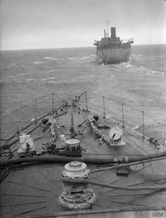 Trial Stern RAS with HMS Kepple and Eaglesdale 2
